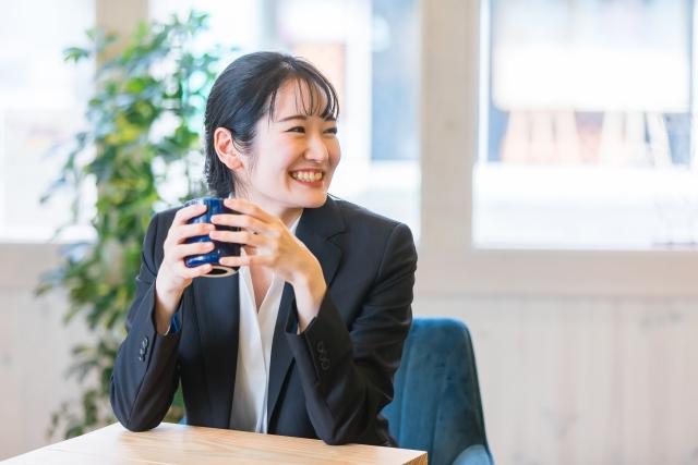 4494236_s 信用金庫の仕事が辛く退職した女性が会計事務所に転職して成功した事例